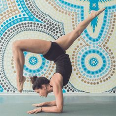 Want to start yoga but don't know where to start? We break down every class for beginners. #yoga #equilíbrio