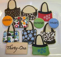 WOW! Lovely girly purse / handbag cookies!! If I could make these to give away....