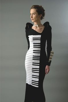 piano dress by Yuliya Wim Merlin