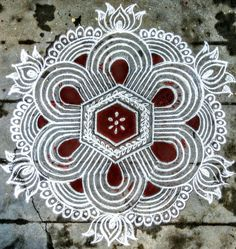 Rangoli Kolam Designs on Happy Shappy in Here you can find the most beautiful & Simple design, photos, images, free hand and more in Small & Large design Ideas Rangoli Designs Latest, Rangoli Border Designs, Rangoli Patterns, Rangoli Ideas, Rangoli Designs Diwali, Rangoli Designs Images, Rangoli Designs With Dots, Kolam Rangoli, New Mehndi Designs