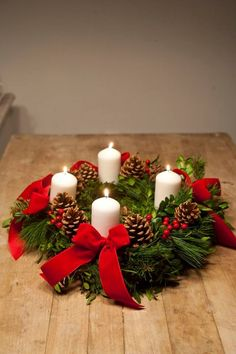 Advent time The week in advance of some sort of Halloween parties Costume outfit Occasion by myself in addition to … Christmas Advent Wreath, Gold Christmas Decorations, Xmas Wreaths, Christmas Flowers, Christmas Candles, Christmas Time, Christmas Crafts, Deco Table Noel, Girlfriend Birthday