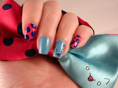 Catbug Nails to match my Catbug Bowtie  #Catbug #BravestWarriors  omg I want this !!!!