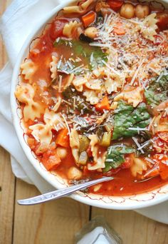 Chickpea Tomato Minestrone Recipe ~ Chocked full of vitamin rich vegetables wrapped in a warm broth that feels just perfect on a crisp fall evening