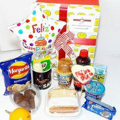 DESAYUNO SORPRESA KIDS CUMPLEAÑOS ❤❤🎁🎁 @happydealer.co #happydealer#desayunossorpresa#desayunosbogota#desayunosadomicilio#regalosbogota#regalospersonalizados#regalossorpresa#regalocumpleaños#regaloaniversario Whatsapp 3115893953 Breakfast Tray, Snack Recipes, Snacks, Pop Tarts, Trays, Oreo, Gifts, Cha Cha, Happy