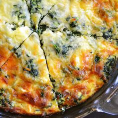 I LOVE quiche. this sounds so tasty - spinach, mushroom & feta crustless quiche, no carbs - perfect Low Carb Recipes, Vegetarian Recipes, Cooking Recipes, Healthy Recipes, Vegetarian Quiche, Veggie Quiche, Spinach Quiche Crustless, Easy Recipes, Healthy Quiche
