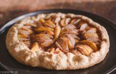 Apple and peach galette recipe // FOXINTHEPINE.COM