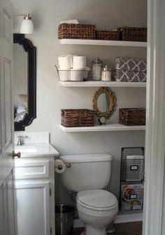 Stop disorganization in its tracks with a few simple small-bathroom storage strategies. Save space in your small bathroom with these clever tricks that will make it fashionable and functional. Check out some of the best small bathroom storage ideas for Bad Inspiration, Bathroom Inspiration, Bathroom Ideas, Bathroom Small, Bathroom Remodeling, Master Bathroom, Bathroom Makeovers, Bathroom Designs, Budget Bathroom
