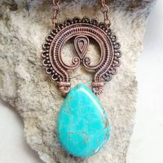 Early morning inspiration - Peacock inspired Electroformed copper statement pendant.  #artriajewelry #artria #electroformed #peacock #peacockjewelry #natureinspired #natureinspiredjewelry #copperjewelry #copper #coppernecklace #magnesite #turquoisejewelry #filigree #handcrafted #handmadejewelry #handmade #jewelry #madeintheusa #mixedmetaljewelry #necklace #pendant #rochestermn #minnesota #madeinmn #statementjewelry #statementnecklace #mnartist  #mnmaker  #rochestermnartist  #minnesotaartist Wire Necklace, Copper Necklace, Metal Necklaces, Copper Jewelry, Boho Jewelry, Wire Earrings, Handmade Sheet, Handmade Wire, Handmade Jewelry
