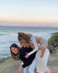 Cute Friend Pictures, Best Friend Pictures, Cute Photos, Friend Pics, Good Vibe, Summer Goals, Cute Friends, Beach With Friends, 3 Best Friends