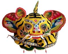 Chinese folk art is a visual art created by ordinary people to meet ordinary social needs. Chinese Hat, Chinese Style, Traditional Toys, Fabric Art, Chinoiserie, Japanese Art, Folk Art, Textiles, Character Design