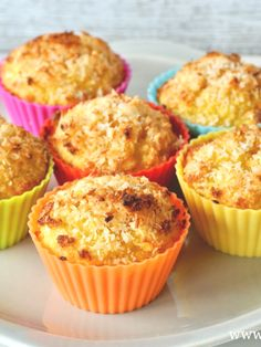 I'm checking out a delicious recipe for Cheddar Bacon Muffins from Fry's Food Stores! Low Carb Cupcakes, Coconut Cupcakes, Cheddar, Savory Breakfast, Breakfast Recipes, Scones, Mac And Cheese Bites, Mac Cheese, Bacon Muffins