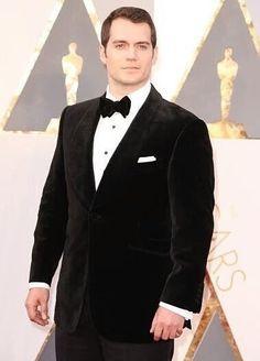 Henry Cavill en la alfombra roja de los #Oscars2016