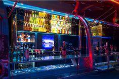 James Bond Suite in Paris vs. Apollo Airstream Bar | Fashion Label & Lifestyle Magazin