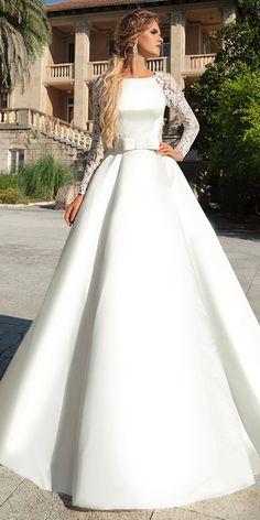 Wedding dress belt - Pretty Lace & Satin Bateau Neckline Aline Wedding Dress With Belt & Bowknots Bateau Wedding Dress, Muslim Wedding Dresses, Gold Prom Dresses, Ball Dresses, Bridal Dresses, Ball Gowns, Bridesmaid Dresses, Evening Dresses, Dresses Uk