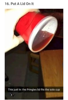 How to Seal Your Solo Cup and Never Worry About Anything Getting in or out of It. - How to Seal Your Solo Cup and Never Worry About Anything Getting in or out of It – lifehacks Hacks Diy, Food Hacks, Cleaning Hacks, Simple Life Hacks, Useful Life Hacks, Funny Life Hacks, Amazing Life Hacks, 1000 Life Hacks, Thing 1