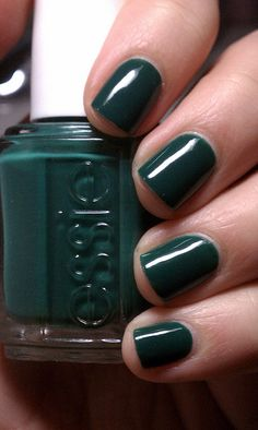dark green nail polish - Essie Going Incognito Nail Art Vernis, Essie Nail Polish, Nail Polish Colors, Nail Polishes, Dark Green Nail Polish, Dark Green Nails, Dark Teal, Love Nails, How To Do Nails