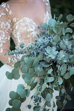 This is the most stunning all-green succulent and eucalyptus bouquet I& ev. This is the most stunning all-green succulent and eucalyptus bouquet I& ever seen! It& a cheap, non-traditional alternative to a bridal flower bouquet. Eucalyptus Bouquet, Eucalyptus Wedding, Thistle Bouquet, Lavender Bouquet, Bouquet Succulent, Herb Bouquet, Wedding Centerpieces, Wedding Decorations, Wedding Ideas