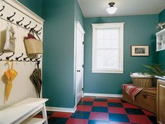 Choosing Interior Paint Color Small room