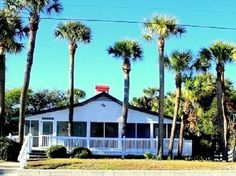 1695/wk on beach has seperate sleeping room  Cottage vacation rental in Edisto Beach from VRBO.com! #vacation #rental #travel #vrbo