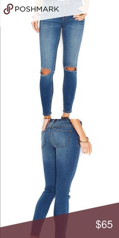 🎉HP🎉Free People Destroyed Skinny Jeans Super Cute Skinny Jeans! Free People Jeans Skinny