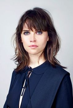 Felicity Jones – Photoshoot for The Telegraph October 2016 Felicity Jones Hair, Felicity Rose Hadley Jones, Haircuts With Bangs, Gal Gadot, Poses, Cut And Color, Celebrity Photos, Celebrity Gallery, Beauty Women