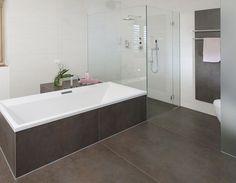 Badezimmer fliesen braun  Fliesen braun | am Bädsten | Pinterest | Fliesen, Braun und Badezimmer