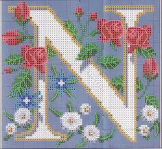 Hímzés Végigjátszás: Óriás Monogram virágok keresztszemes
