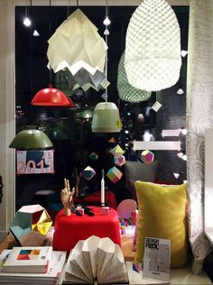 An origami lampshade from Snowpuppe makes your home cosy. The paper diffuses the light and makes it soft and warm. The geometric shapes of the origami lamps fit in almost any interior. Origami Lampshade, Lampshades, Geometric Shapes, Beautiful Homes, Commercial, Shops, Make It Yourself, Lighting, Places