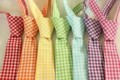 Rainbow ties would be perfect for the groomsmen to wear... Wedding ideas for brides, grooms, parents & planners ... https://itunes.apple.com/us/app/the-gold-wedding-planner/id498112599?ls=1=8 … plus how to organise an entire wedding, without overspending ♥ The Gold Wedding Planner iPhone App ♥