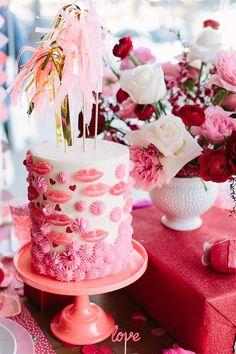Versier je valentijn taart met onze luxe partysticks