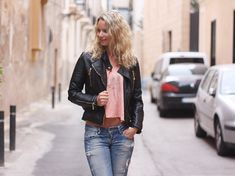Outfit: Biker jacket & Crop Top #followfashion