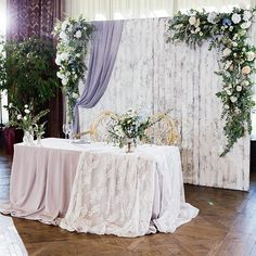 New Ideas Wedding Party Table Backdrop Decoration Rustic Wedding Colors, Rustic Wedding Reception, Wedding Stage, Backdrop Decorations, Backdrops, Wedding Centerpieces, Wedding Decorations, Bride Groom Table, Indoor Wedding Receptions