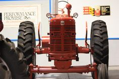 Paquette's Historical Farmall Tractor Museum, Leesburg, FL  (ALGNP photo)