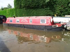 Donk's Dream, Alvechurch Marina - A 40ft 1976 Fisher Caitbeam 4 berth cruiser stern narrowboat. Please visit www.abcboatsales.com for more information.