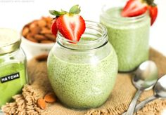 Healthy Matcha Green Tea Chia Seed Pudding (vegan, gluten free)
