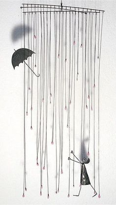 This gives me some idea of how rain can be depicted with wire Wire Crafts, Metal Crafts, Stylo 3d, Art Fil, Creation Art, Mobile Art, Ideias Diy, Mobiles, Chicken Wire