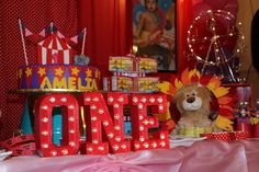 Infinite Event Decor 's Birthday / Circus / Carnival - Amelia's Circus Party at Catch My Party Circus Carnival Party, Circus Theme Party, Carnival Birthday Parties, Carnival Themes, First Birthday Parties, Birthday Party Themes, Circus Circus, Birthday Ideas, Baby 1st Birthday