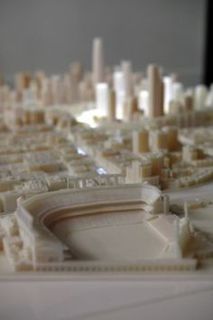 Two Stratasys 3D printers were kept very busy producing this jaw-dropping model of the proposed San Francisco skyline! The architectural details were rendered in close detail by Objet500 Connex 3D printers after being modeled by Steelblue for Tishman Speyer.