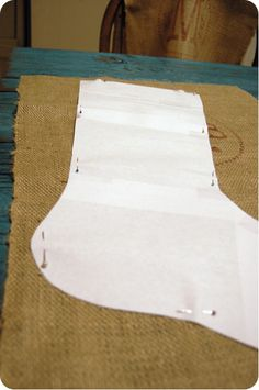 burlap stocking tutorial --- can make with with regular fabric, also!