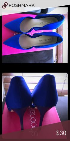 Beautiful royal blue pumps I've only worn them once. They're size 8 and a little to big for me Shoe Dazzle Shoes Heels