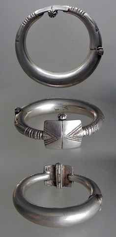 India | Old hollow and hinged silver anklet; given its size, it would most probably have been for a girl | 285$