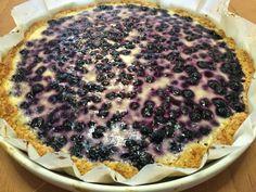 Hieman terveellisempää mustikkapiirakkaa saa tällä Arleenan sanomat -blogista löytämälläni kauraisen mustikkapiirakan ohjeella. Pii... Something Sweet, Fodmap, Gluten Free Recipes, Blueberry, Deserts, Food And Drink, Tasty, Sweets, Homemade