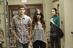 Keegan Allen, Tammin Sursok and Troian Bellisario in Pretty Little Liars photo - Pretty Little Liars picture #20 of 344