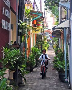 yogyakarta, indonesia... my soon to be home :) <---- somebody (foreigner) said this, wanted my hometown to be his home. How lovely!