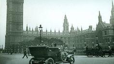 """Da war die Zeit der """"roten Flagge"""" schon vorbei: Auto-Pioniere unterwegs in London"""