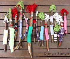 Stick People Craft If your child loves collecting sticks you need this collection of twig crafts for kids of all ages. From fairy wands to twirling mobiles there's plenty of fun ways to craft with sticks! Kids Crafts, Twig Crafts, Crafts For Kids To Make, Nature Crafts, Cute Crafts, Toddler Crafts, Craft Stick Crafts, Fall Crafts, Art For Kids