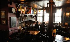 Prospect of Whitby pub, 57 Wapping Wall, Limehouse, London: Amongst the docks