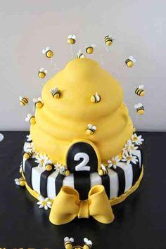 the Bee cake, Arı maya pastası, bee cake, kovan pasta, Bee Birthday Cake, Bumble Bee Birthday, Baby Birthday, 1st Birthday Parties, Bee Cakes, Cupcake Cakes, Bumble Bee Cake, Mommy To Bee, Bee Theme