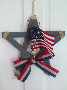 4th July Crafts, Fourth Of July Decor, 4th Of July Decorations, 4th Of July Wreath, July 4th, Rustic Americana Decor, Americana Crafts, Americana Kitchen, Patriotic Room