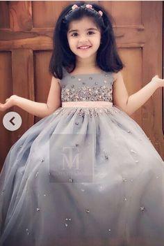Pin by Nimy Jiby on Kids frock in 2019 Girls Frock Design, Kids Frocks Design, Baby Frocks Designs, Baby Dress Design, Baby Frocks Party Wear, Kids Party Wear Dresses, Dresses Kids Girl, Long Frocks For Kids, Fancy Dress For Kids